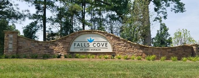 Falls-Cove-at-Lake-Norman-Homes-Troutman-NC